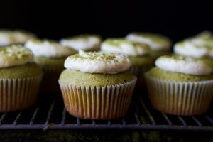Matcha Cupcakes & White Chocolate Cream Cheese Buttercream 緑茶のカップケーキ